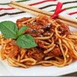 Паста Аматричиана - спагети с пушен бекон