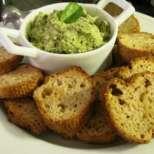 Тост с маслинена паста