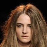 Как да накараме косата си да не се наелектризира