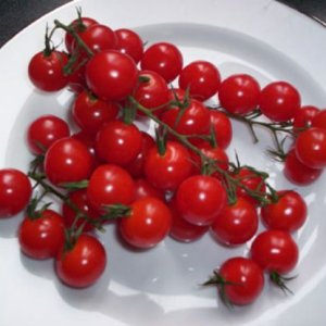 Как се консервират чери домати