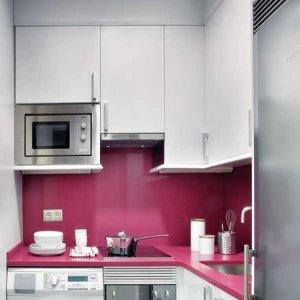 Как да обзаведем тясно жилище без да ни дразни
