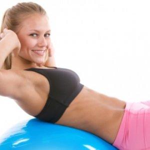 Лесни упражнения за плосък корем от вкъщи