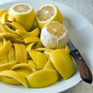 Защо трябва да взимаме витамин С