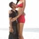 Тези младоженци не се притесняват от разликата във височината!