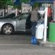 Мъжът, който удуши съпругата си, срязал вените на бензиностанцията
