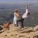 Докато смъртта ги раздели: Младоженец давал брачния си обет на ръба на скала, когато ...