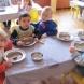 Лелките в детските градини масово крадат от дажбите храна, както и личните данни