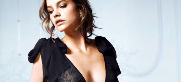 Модни съвети за жени с малък бюст