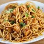 Спагети със соево пиле