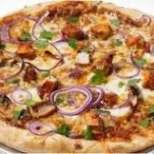 Пица с пиле и пушено сирене