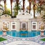 Имението на Джани Версаче в Маями се продава
