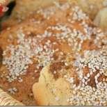 Хрупкав арабски хляб със сусам