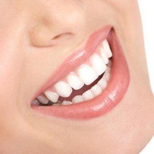 Как да използваме правилно клечките за почистване на  зъби