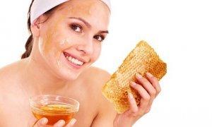 Маски за суха кожа на лицето