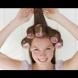 Как правилно да навиете косата си на ролките? (Видео)