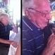 Вижте как реагира възрастен мъж, изгубил съпругата си, когато му подаряват малък любимец!