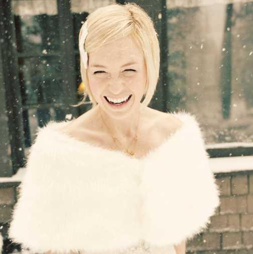 Модерни зимни рокли за булки 2014