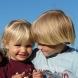 Защо е хубаво да имате брат или сестра?