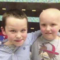 7-годишно момче ни показва какво трябва да правим, когато наш приятел има рак
