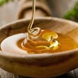 Как правилно се яде мед? Едва ли сте се замисляли досега, че никога не сте го консумирали правилно!