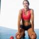 Лесни упражнения за стегнати ръце и плосък корем