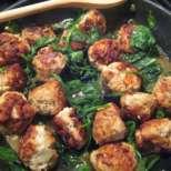 Пилешки кюфтенца със спанак
