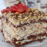 Бисквитена торта с домашен крем
