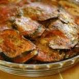 Пържени патладжани на фурна с доматен сос