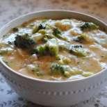 Пилешки късчета с броколи и топено сирене