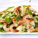 Празнична салата със скариди