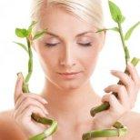 Какво представлява бамбуковата терапия за коса