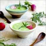 Студена грахова супа със сметана и естрагон