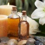 Как етеричните масла влияят върху кожата ни