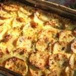 Картофен гратен с чесън и билки