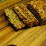 Зеленчуков хляб с пълнозърнесто брашно