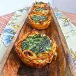Картофени гнезда със спанак
