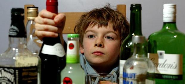 Как да предпазим децата си от алкохолизиране