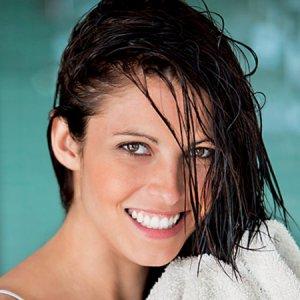 Природни рецепти за блестяща и здрава коса
