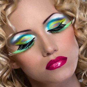 Класация на женските навици за красота, които дразнят мъжете