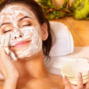 Свежи маски за зимата с мляко и извара