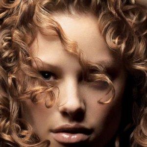 Внезапното изтъняване на косъма, изтощаването на косата говори