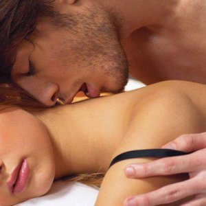 Как да разнообразите любовният ви живот с еротичен масаж