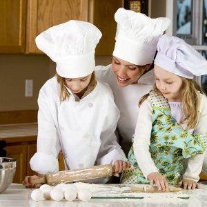 Защо е полезно да научим децата ни да готвят