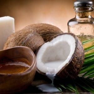 Кои масла са полезни много за косата ви