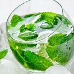 Отслабнете и заредете с енергия с помощта на тези напитки - Зелен чай топи мазнините около корема, бананов шейк ...