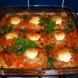 Как да си направите вкуснички гнезда от кайма с яйца в доматен сос?