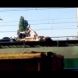 Смъртоносно СЕЛФИ: Момиче загина, опитвайки се да се снима на покрива на влак!