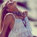 Лятна тенденция: Бял блуза от дантела, как да я съчетаете през лято 2015