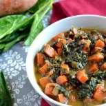 Африканска фъстъчена яхния с картофи и спанак