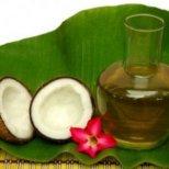 Как да поглезите тялото си с кокосово масло
